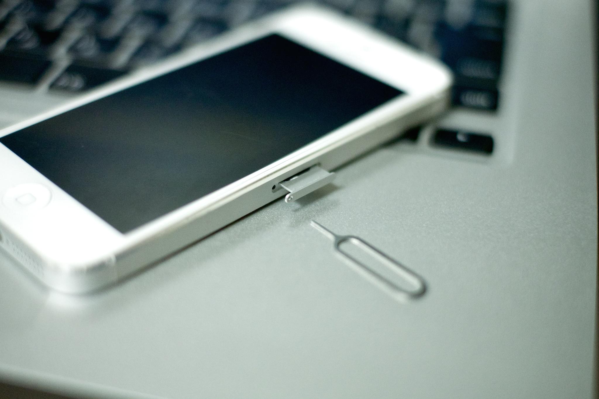 [iPhone6]iPhoneを下取りして貰う前に「水濡れチェック」をしてみたっ!