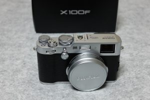 X70で撮ったX100F