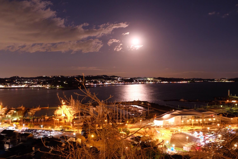 [写真]江ノ島 夜景とイルミネーション(X100F・X70)