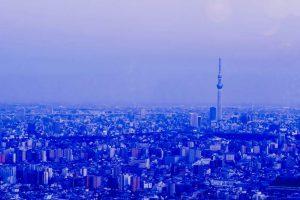 東京のビルとスカイツリー