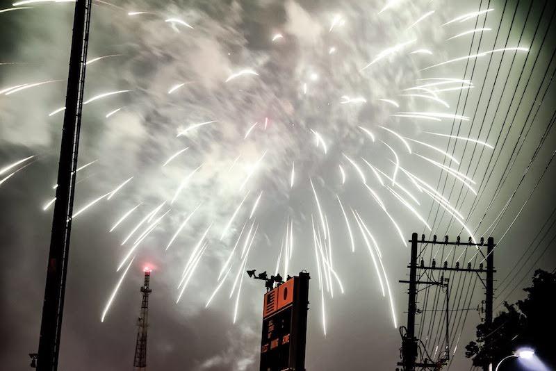 [写真日記]キャンプ座間の花火と光回線
