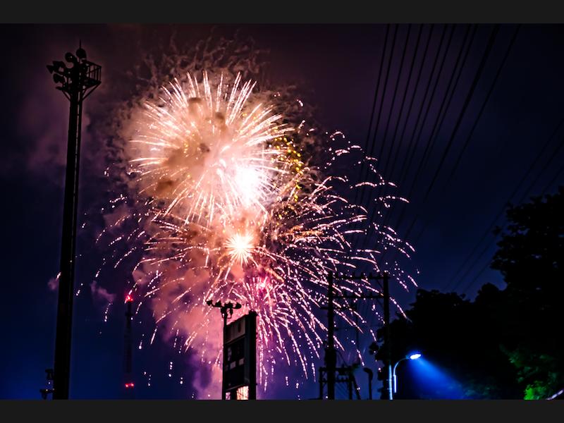 [写真日記]4年前に撮った花火と4日に撮った花火